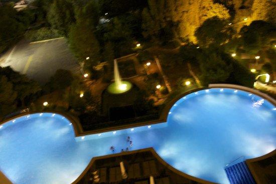 Kaya Izmir Thermal & Convention: Pool area