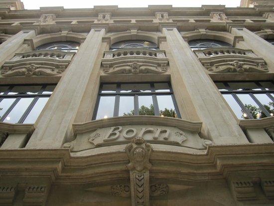 Passeig des Born : Edificio