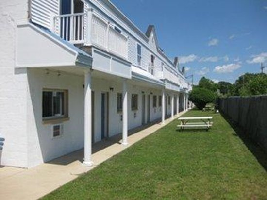 Photo of Seabreeze Motel Old Orchard Beach