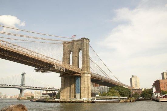 Circle Line Cruises: Brooklyn Bridge