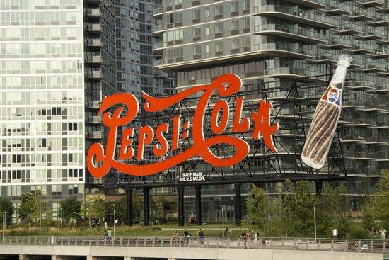 Circle Line Cruises: Pepsi cola hoarding at Brooklyn
