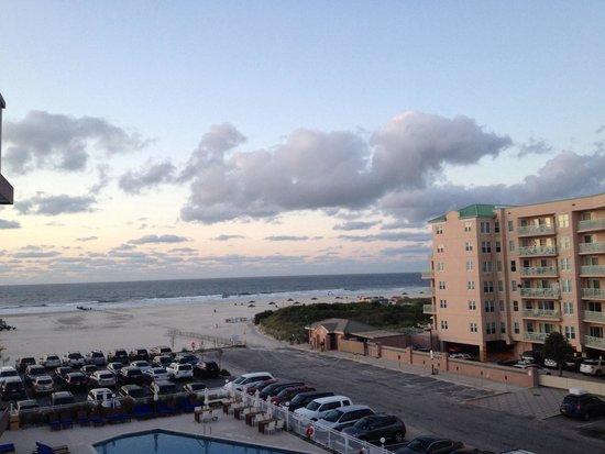 Icona Diamond Beach: 4th floor Balcony pool side.