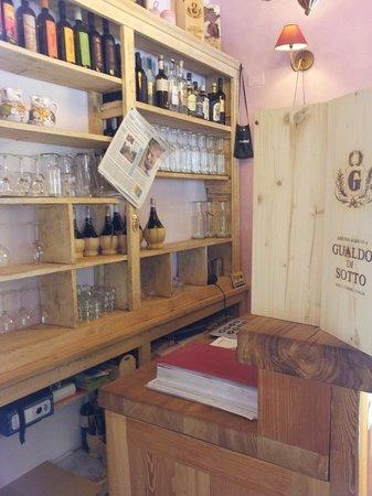 Agriturismo Il Gualdo di Sotto : l'angolo bar
