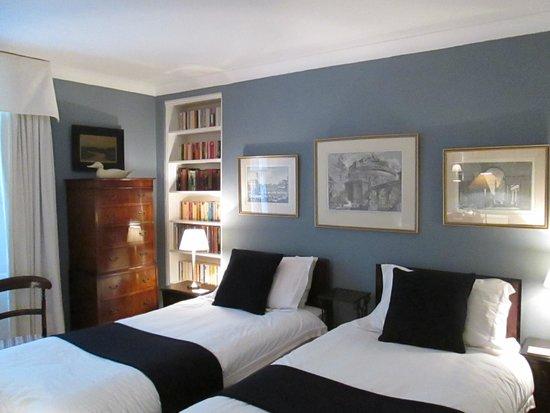 14 Hart Street: この部屋はバスなし、シャワーのみ。センス良い部屋でくつろげました。
