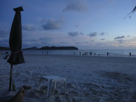 Cenang Beach: Beach