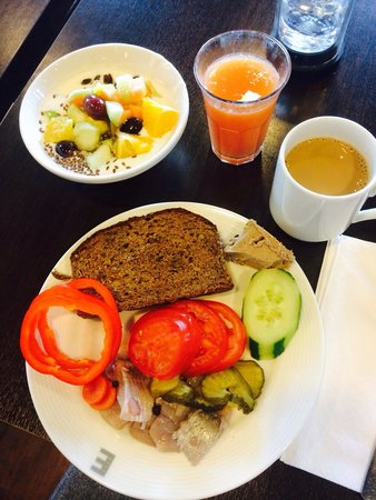 Elite Hotel Marina Tower: Breakfast choice