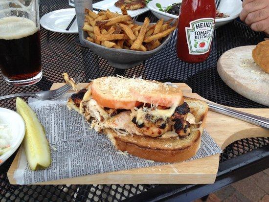 "Fratello's Riverfront Restaurant: ""Goodah"" Chicken Melt - pretty awesome sandwich"