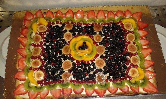 Il Bacio Ristorante: La crostata di frutta fresca