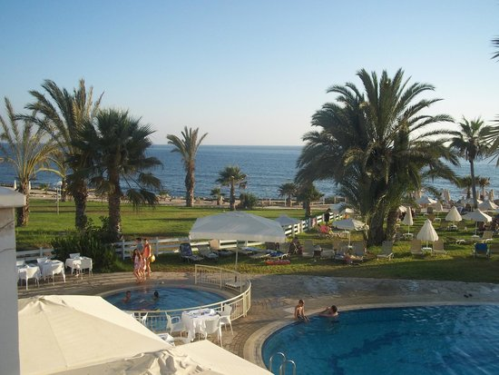 Akti Beach Village Resort: Pool area