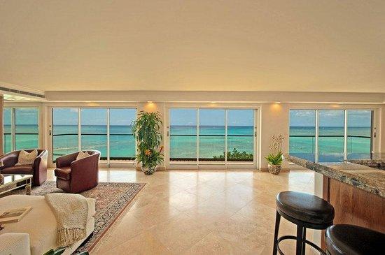 Aston Waikiki Beachside Hotel: Royal Kai Lani Suite