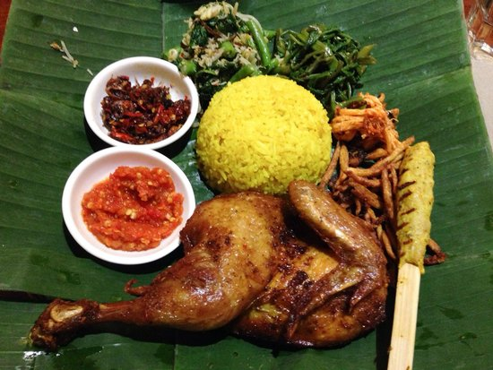 The Uma Bali: Be Siap fried chicken with Balinese herbs.