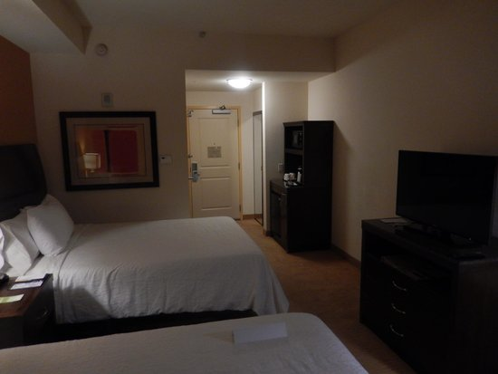 Hilton Garden Inn Phoenix Airport North : Two Full Room on 10th Floor