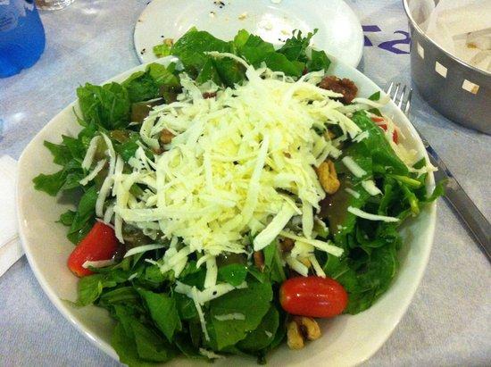 Meze2: Sun dried tomatoes, wallnuts and cheese salad