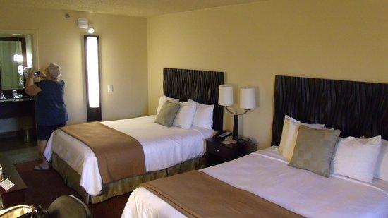 BEST WESTERN PLUS Inn of Sedona : double queen room 2nd floor