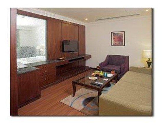 Ramada Jalandhar City Centre : Deluxe Suite