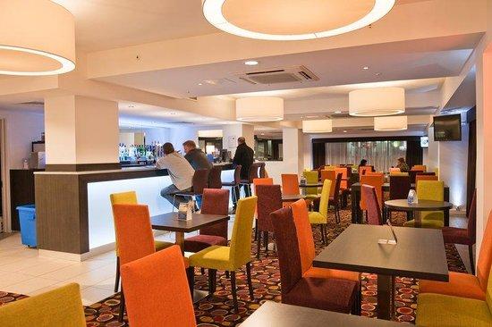 Holiday Inn Express Birmingham South A45: Restaurant