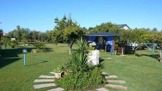 B&B Il Bouganville: giardino