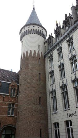 Hotel Dukes' Palace Bruges: The beautiful tower