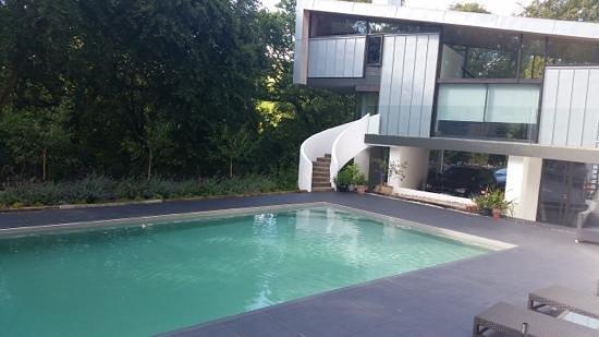 Kaywana Hall: pool