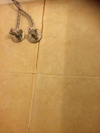 Blue Beach Club: In the shower