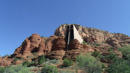 Chapel of the Holy Cross: view from the road