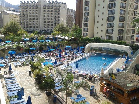 Presidente Hotel: vista diurna de la piscina