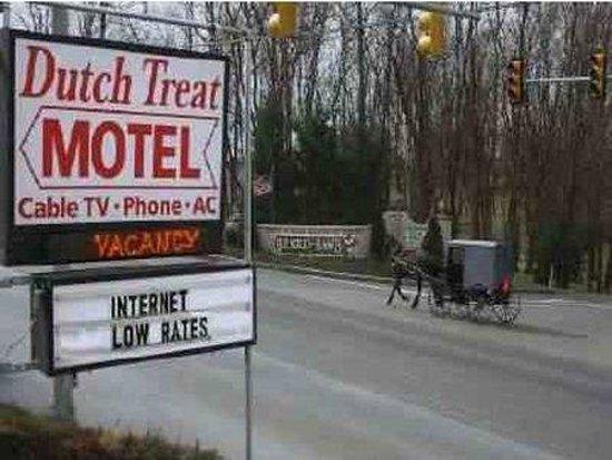 Dutch Treat Motel: DutchTheater