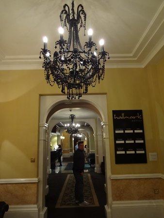 Hallmark Hotel Derby Midland: Downstairs foyer