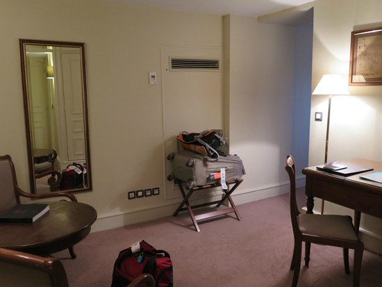 Saint James Albany Hotel-Spa: View of the sitting room with the desk. There is a large closet in this room as well