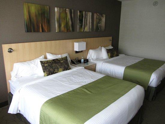 Delta Hotels by Marriott Quebec : two queen beds