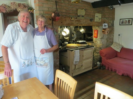 Lower Farm Bed and Breakfast: Doreen and JT - wonderful hosts