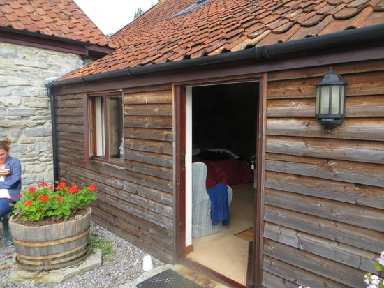 Lower Farm Bed and Breakfast: Our room in The Granary Block