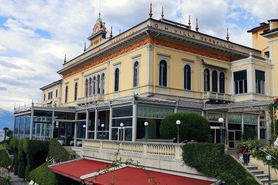 Grand Hotel Villa Serbelloni: L'hôtel, vu du bar extérieur