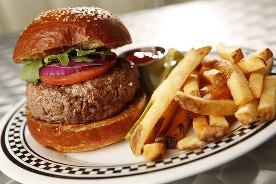 Holiday Inn NYC - Lower East Side: Burger
