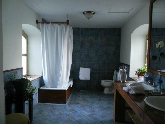 Hacienda La Cienega : Bad der Suite