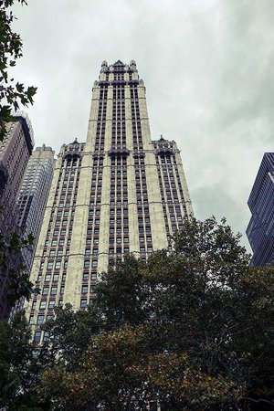 CityRover Walks NY: Woolworth Building