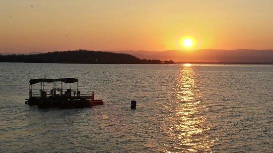 Kariba Bush Club: Sunset over Lake Kariba