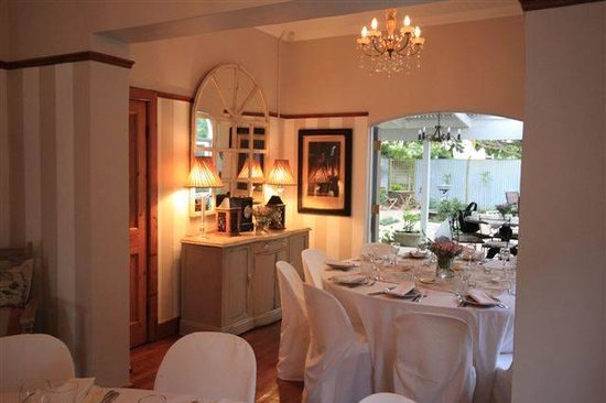 Bayleaf Cafe: Our Interior set up for a private birthday party