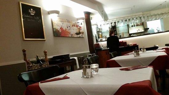 Pizzeria Il Delfino: Restaurant