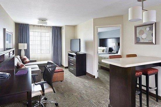 Staybridge Suites Montgomeryville: One bedroom suite with two queen size beds