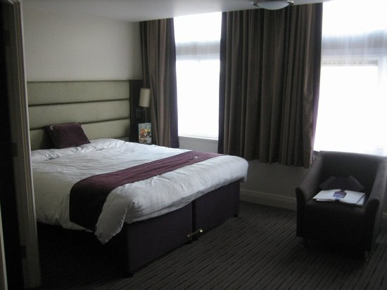 Premier Inn Manchester City Centre (Arena/Printworks) Hotel: Bedroom (Double)