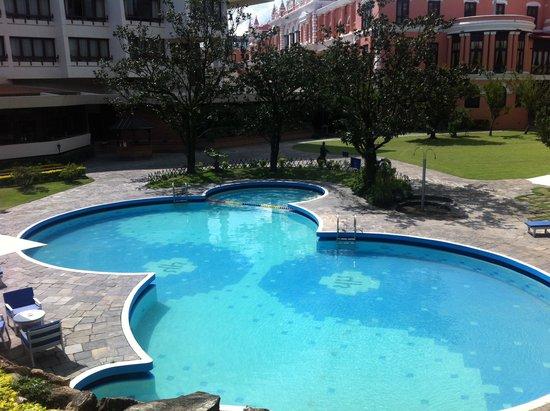 Hotel Yak & Yeti: Swimming Pool