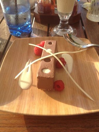The Ritz-Carlton, Grand Cayman: Chocolate mousse wasn't that great. Seemed kinda watery from sitting in the refrigerator