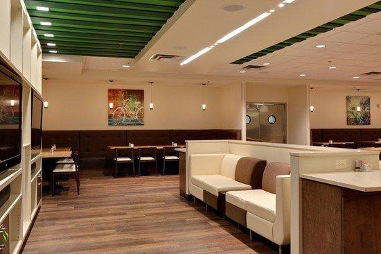 Holiday Inn & Suites Atlanta Airport - North: The Hub At Holiday Inn Restaurant
