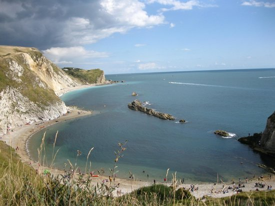 Discover Dorset Tours The tail of the  dinosaur  at Durdle Door & The tail of the