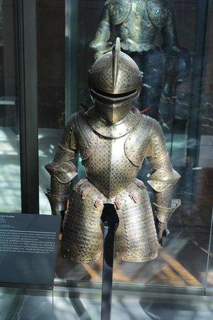 Musée de l'Armée: armatura da bambino