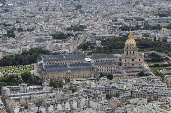 Museo de la Armada: museo visto dalla Tour Eiffel