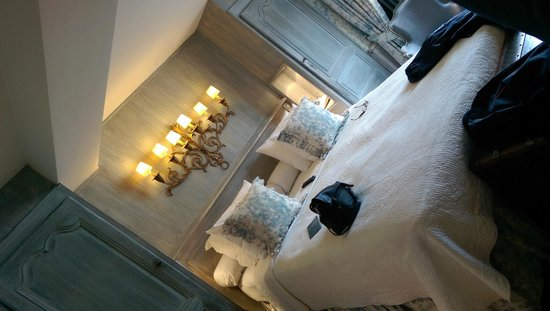 Relais Bourgondisch Cruyce - Luxe Worldwide Hotel : Room 20 - its just lovely!