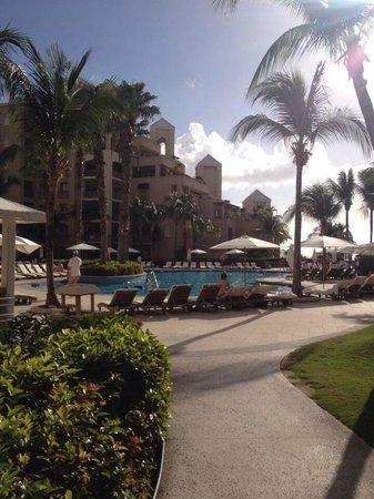 The Ritz-Carlton, Grand Cayman: Pool