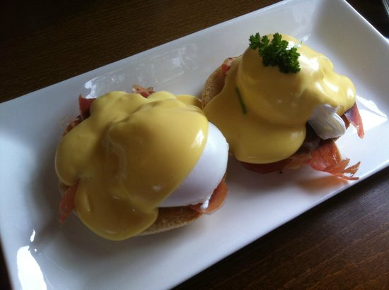 The Manor Cheadle: breakfast